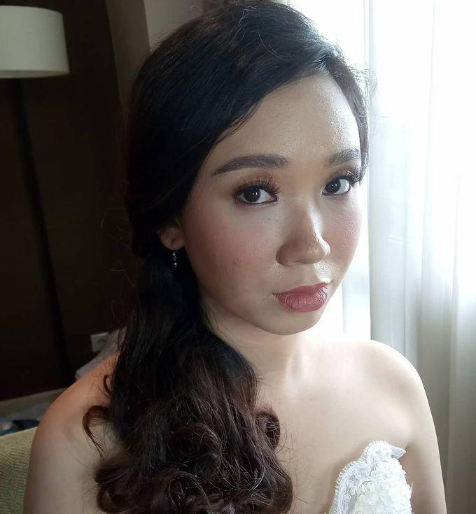 Ms. Andrea Korean Thailand Wedding Makeup Holy Mat by Hana Gloria MUA - 001