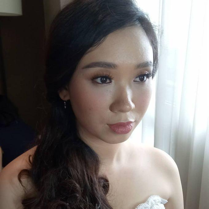 Ms. Andrea Korean Thailand Wedding Makeup Holy Mat by Hana Gloria MUA - 002