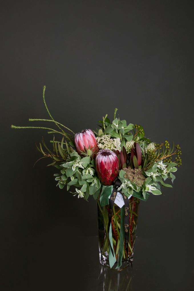 Flora Styling in vase by Beato - 011