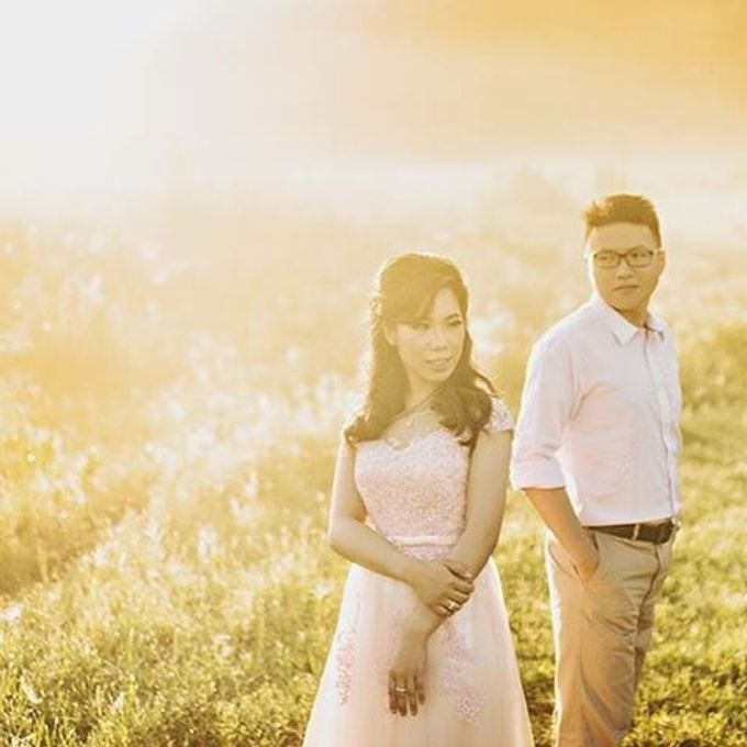Best Of Prewedding by Hendra & Andre  by Cheese N Click Photography - 021