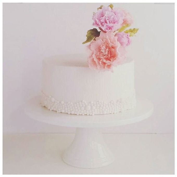 Single tier and multi tiered cakes by Baby Cakes - 018