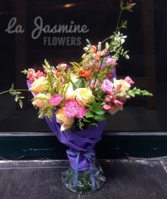 Flower basket  by La Jasmine Floral Design - 020