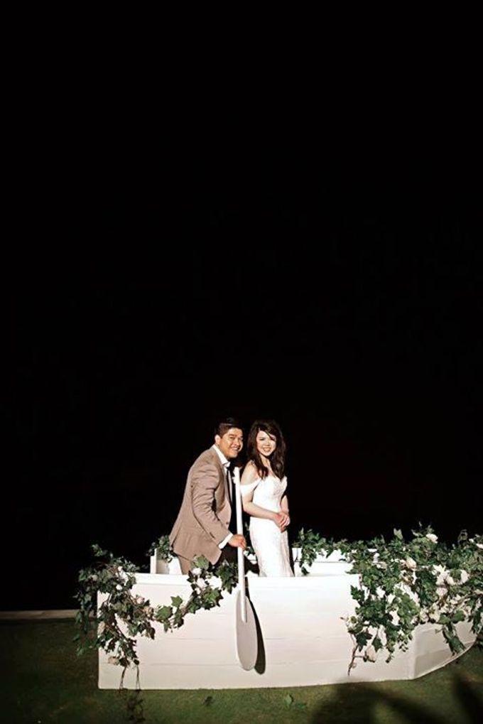 Novia and Nathaniel Semara Uluwatu Wedding by Flying Bride - 020