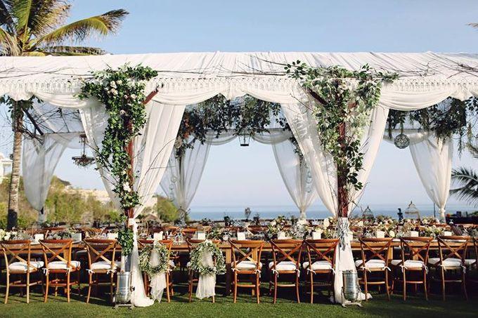 Novia and Nathaniel Semara Uluwatu Wedding by Flying Bride - 014