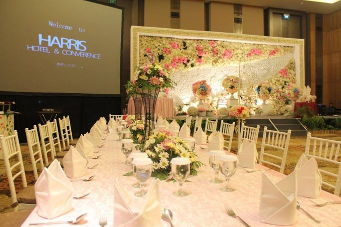 The wedding of victor and helena by harris hotel convention center add to board the wedding of victor and helena by harris hotel convention center malang 001 junglespirit Images