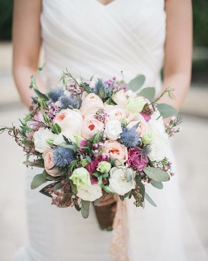 Bouquets  by Weddings by TV - 025