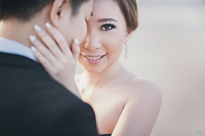 Best Of Prewedding by Hendra & Andre  by Cheese N Click Photography - 001