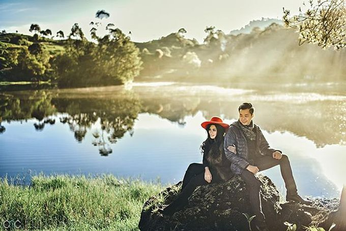 Best Of Prewedding by Hendra & Andre  by Cheese N Click Photography - 010