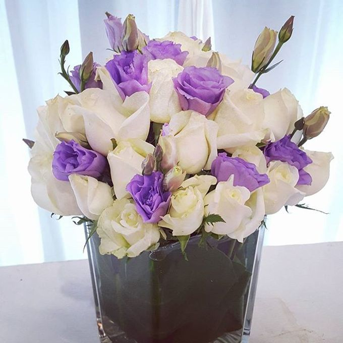 Floral Arrangements by All The small Things - 002