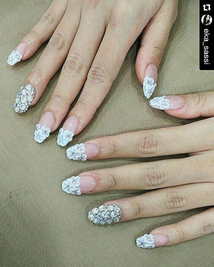 Wedding nails by sassi nail spa bridestory add to board wedding nails by sassi nail spa 002 junglespirit Choice Image