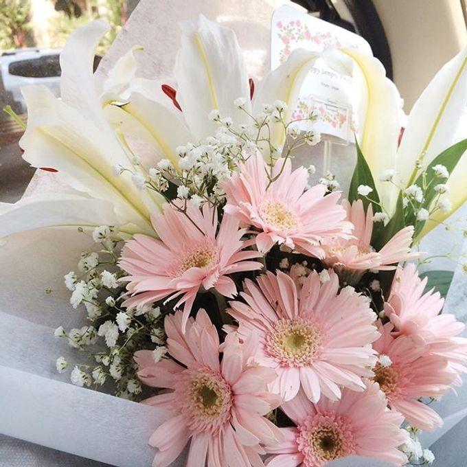 hand bouquet by laurelbouquet - 031