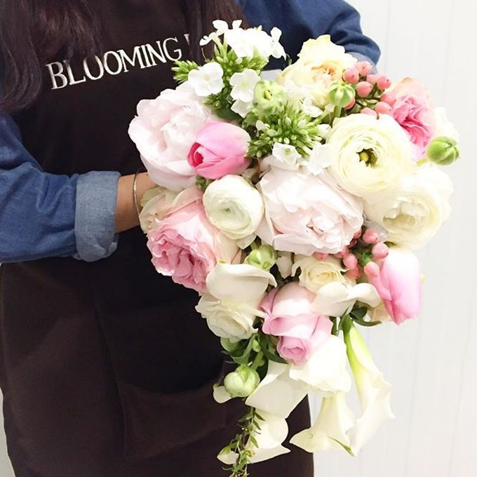 Wedding Bouquet 3rd Album by Blooming Elise Flowers - 005