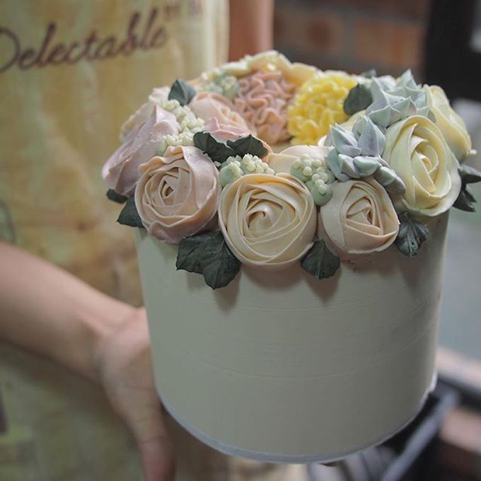 Wedding cakes by Delectable By Su - 009