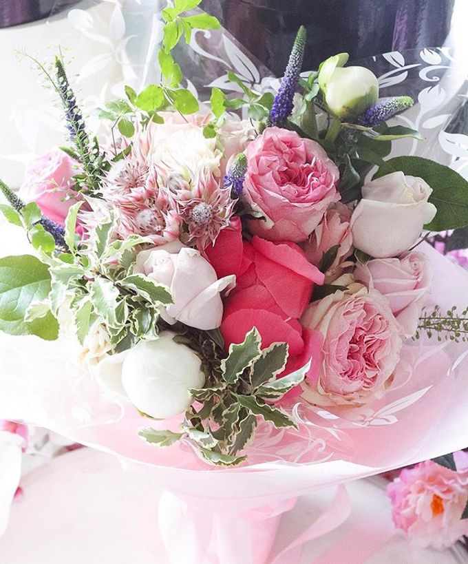 Flower Bouquets by Blooming Elise Flowers - 020