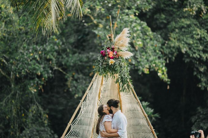 Alex and Austin Destination Wedding in Bali by Terralogical - 001