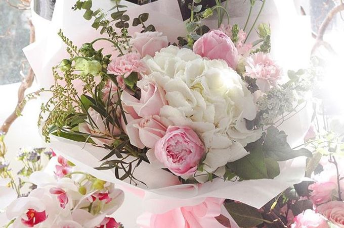 Flower Bouquets by Blooming Elise Flowers - 021