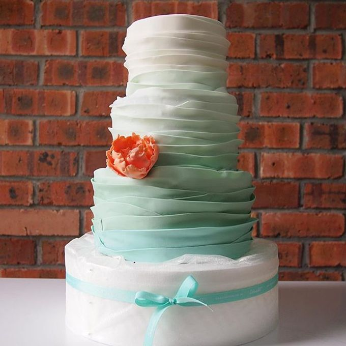 Wedding cakes by Delectable By Su - 006