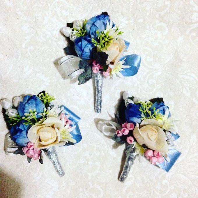 Handcrafted Bouquets and Wedding Accessories  by Duane's Fleur Creatif - 035