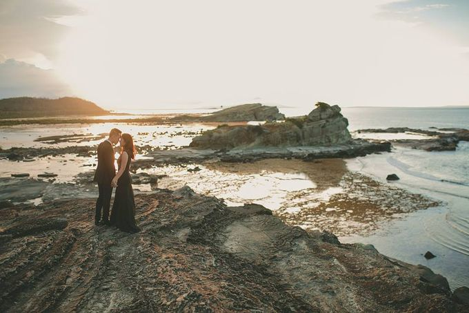 Kristine and Daryl E-Session by Fishcrackers Photography - 003