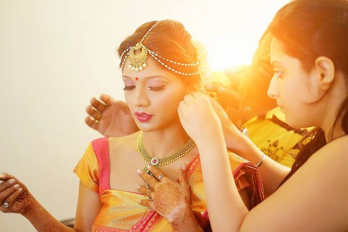Hi Fashion Make up by Parul Makeupartist - 005