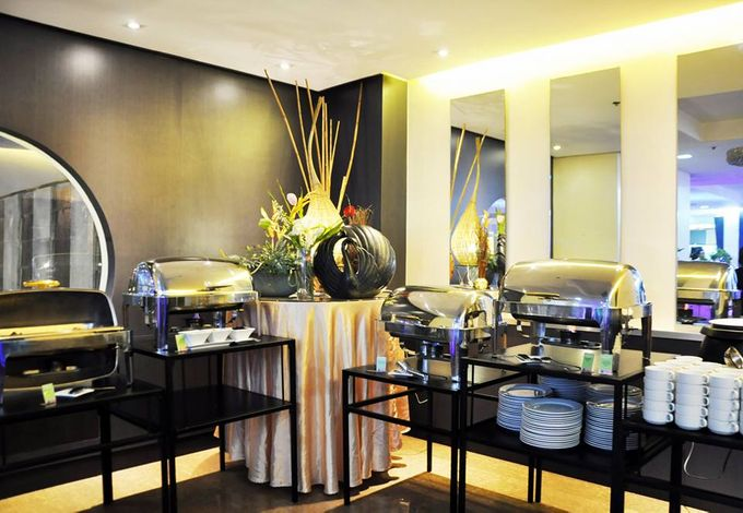 Wedding Venue Set Up by GREENHILLS ELAN HOTEL MODERN - 019