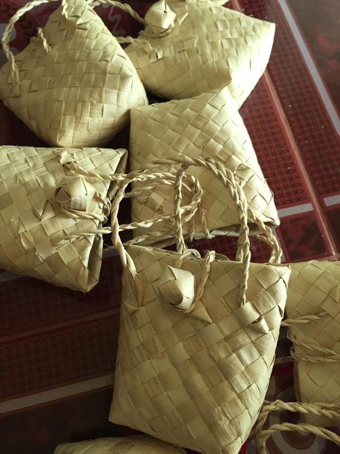 Mini Buri Palm leaf Gift Bags by Miss Marian Native Crafts - 005