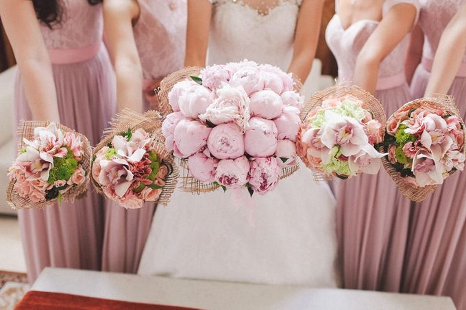 Entourage Flowers by Natural Art Flowers and Decors - 004