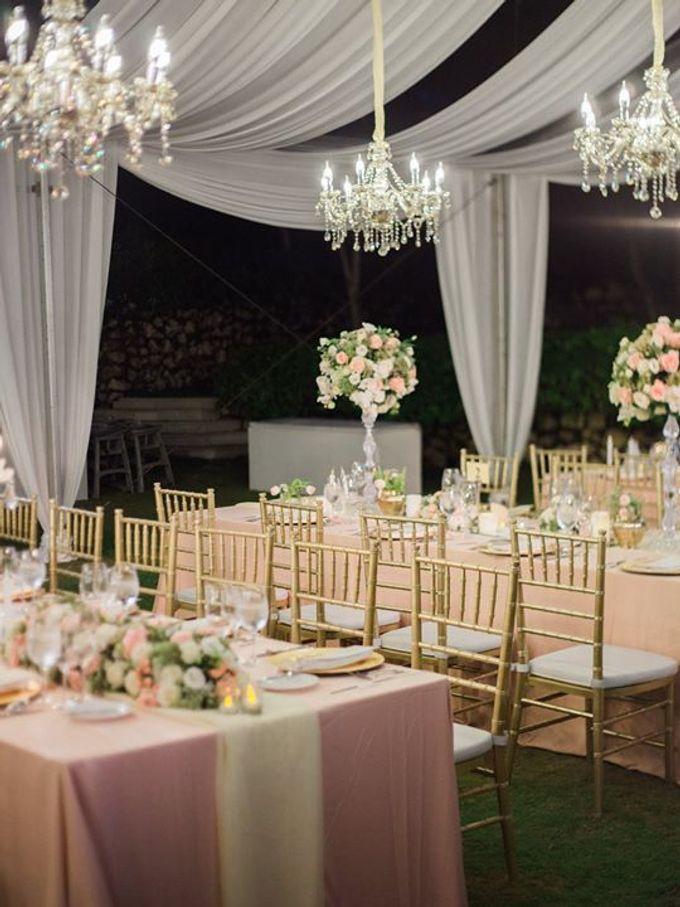 Elegant and Tasteful Wedding at Sky Ayana by Flora Botanica Designs - 024