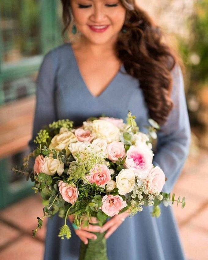 Bouquets  by Weddings by TV - 028