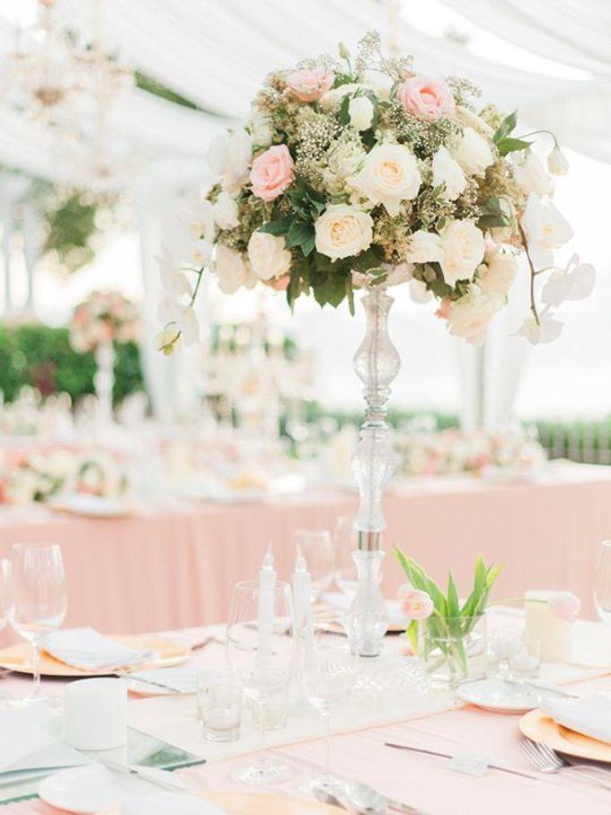 Elegant and Tasteful Wedding at Sky Ayana by Flora Botanica Designs - 010