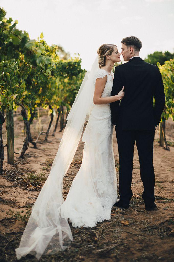 Hannah and James Wedding by iZO Photography - 013