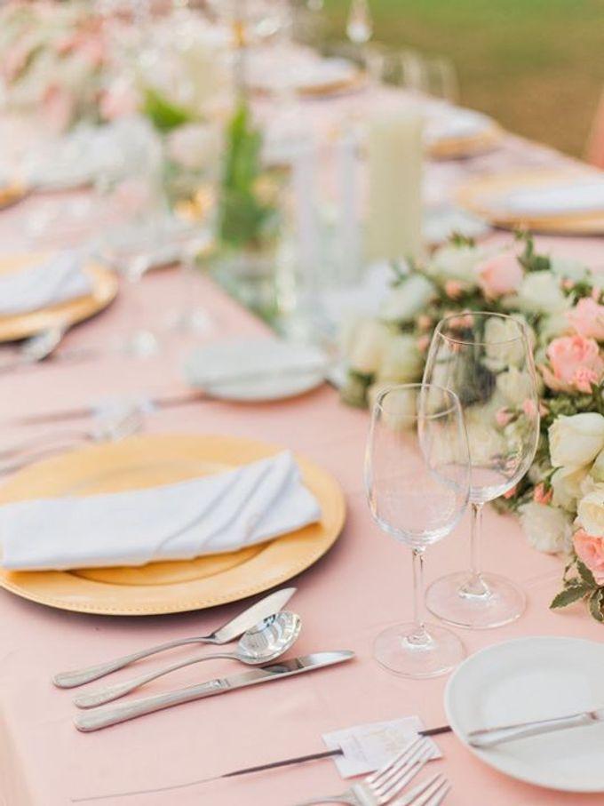 Elegant and Tasteful Wedding at Sky Ayana by Flora Botanica Designs - 008