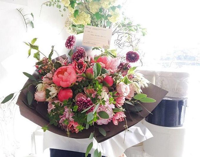 Flower Bouquets by Blooming Elise Flowers - 016