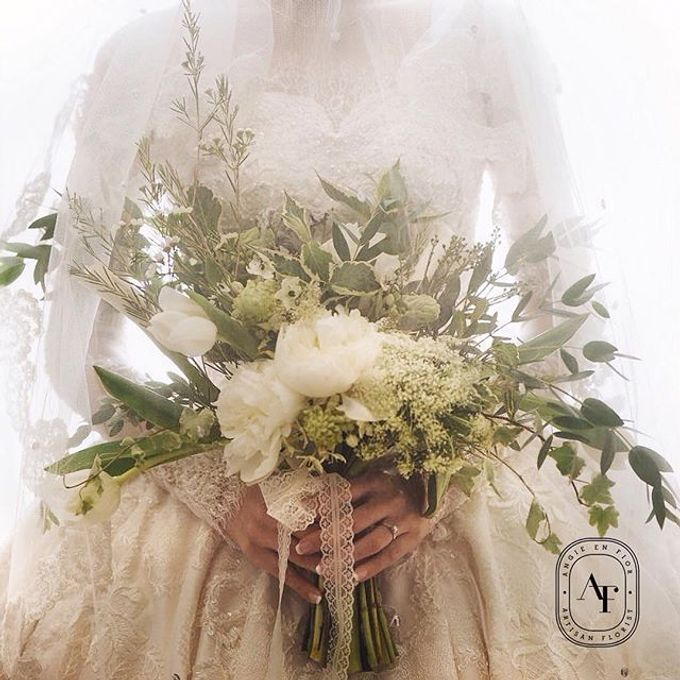 Bride Bouquet by Angie Fior - 008