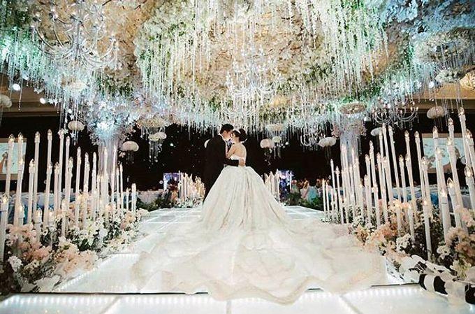 Grand Ballroom Wedding by Shangri-La Hotel, Surabaya - 004