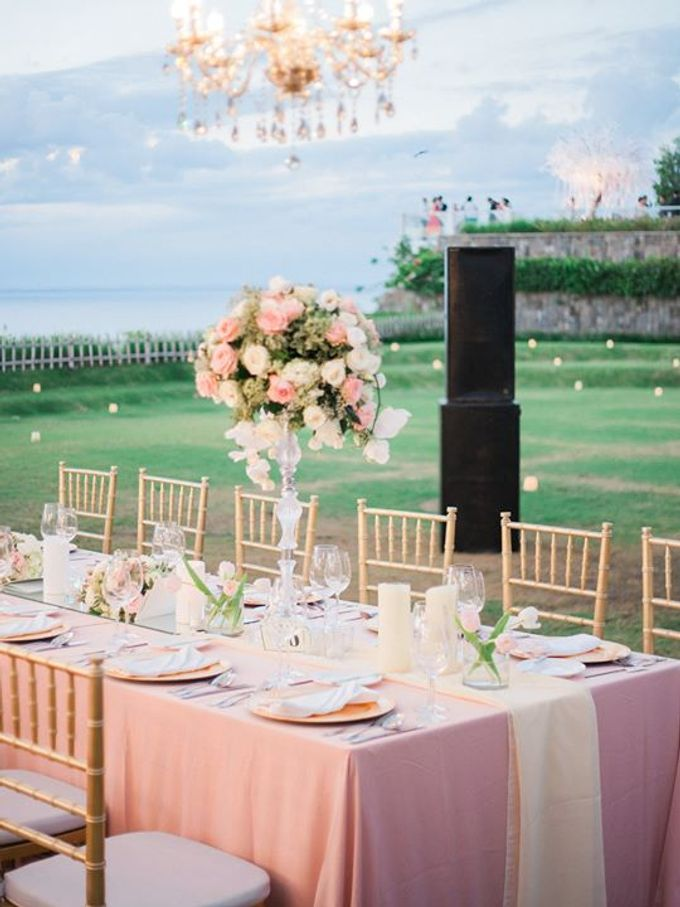 Elegant and Tasteful Wedding at Sky Ayana by Flora Botanica Designs - 012