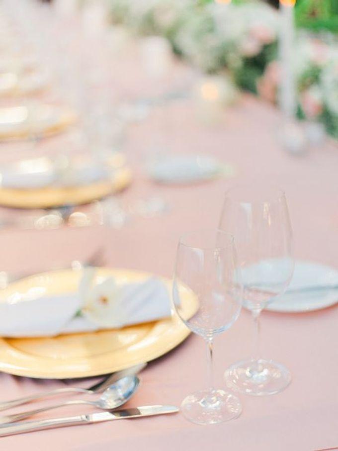 Elegant and Tasteful Wedding at Sky Ayana by Flora Botanica Designs - 016