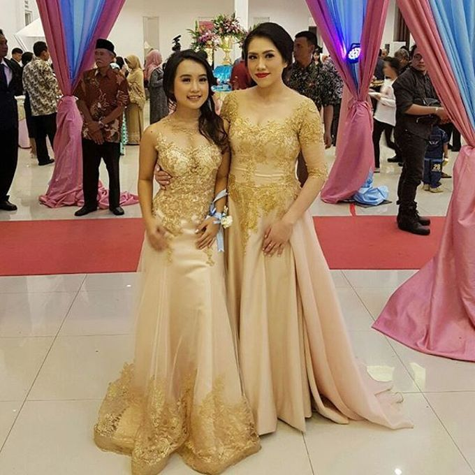 Mom  and sister gown by SAVORENT Gown Rental - 002