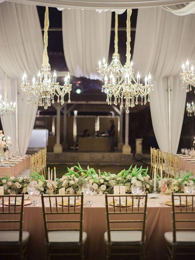 Elegant and Tasteful Wedding at Sky Ayana by Flora Botanica Designs - 023