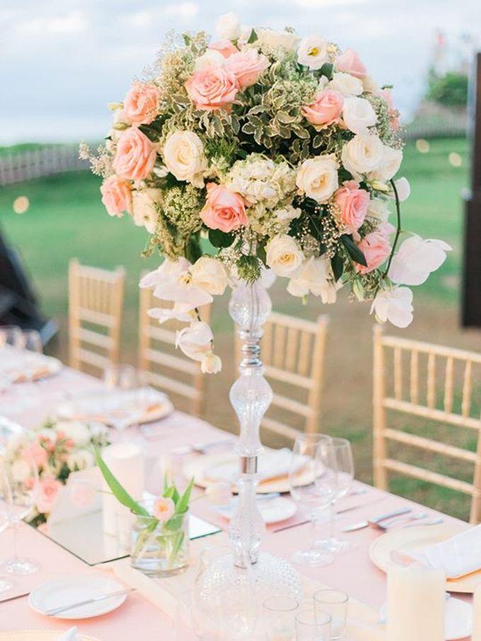 Elegant and Tasteful Wedding at Sky Ayana by Flora Botanica Designs - 013