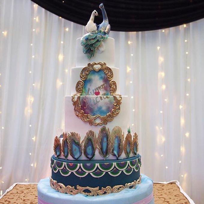 Wedding cakes by Delectable By Su - 005