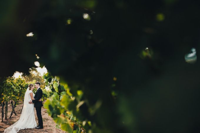Hannah and James Wedding by iZO Photography - 014