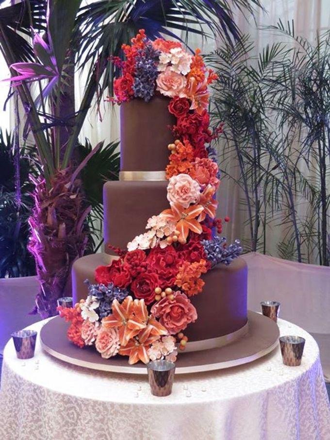 3 layers wedding cakes by LeNovelle Cake - 012