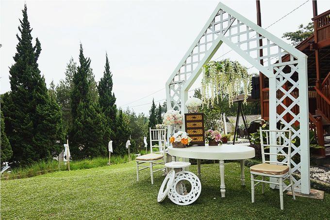 Wedding at Roemah Kajoe by Roemah Kajoe - 015