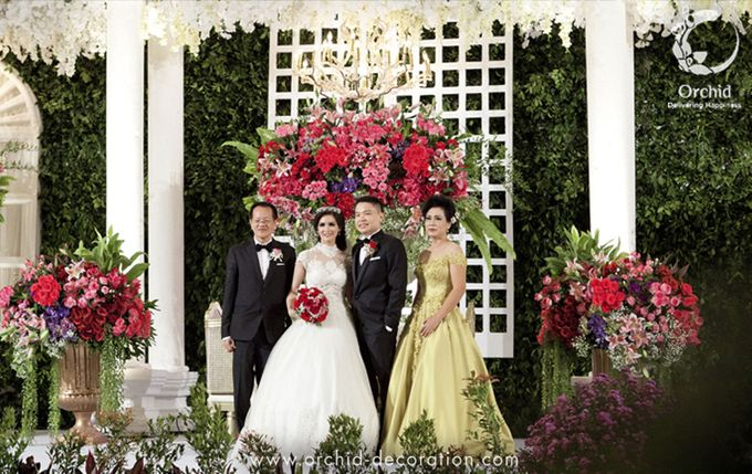 Life began in a garden by Orchid Florist and Decoration - 014