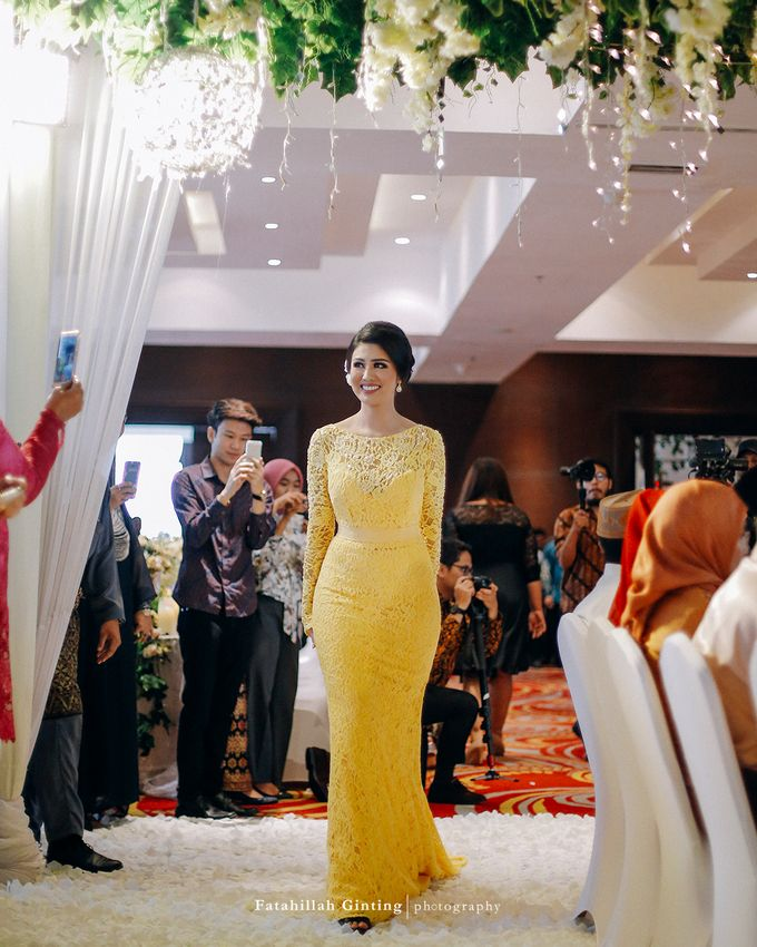 The Engagement of Ariska Putri Pertiwi & Tengku Ryan Novandi by Anaz Khairunnaz - 002
