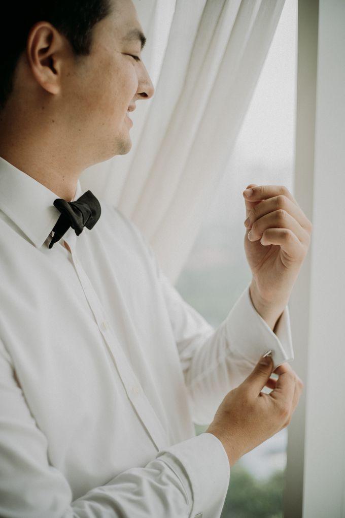 Nicole & Daniel Wedding at Menara Imperium by AKSA Creative - 012