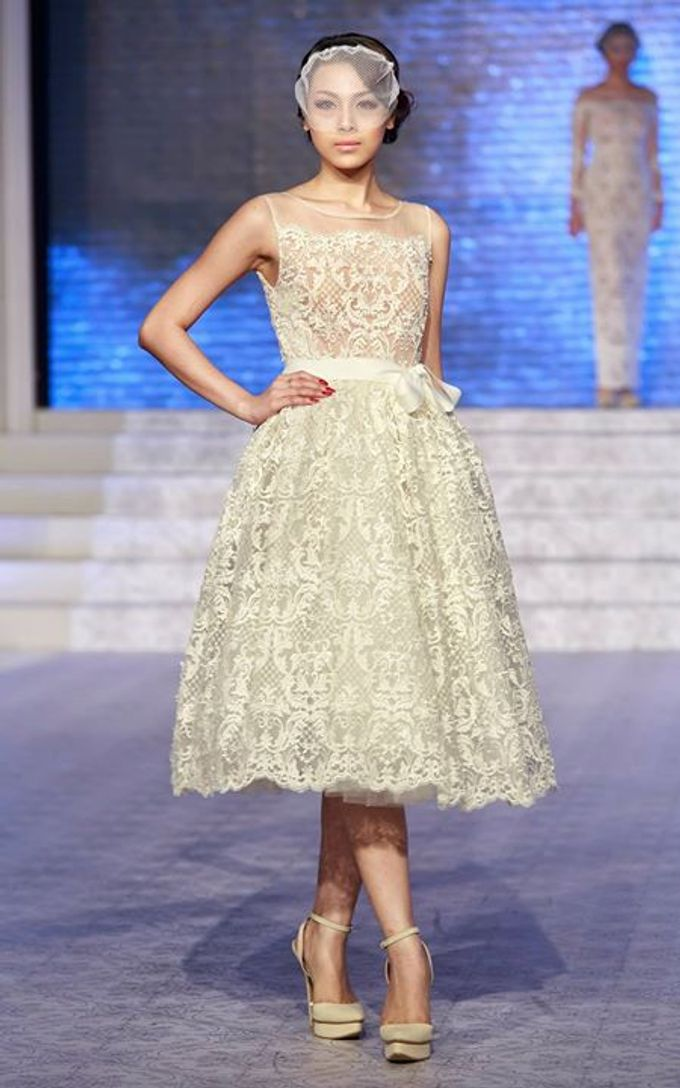 Catalyst from FLESH TO DUST Bridal Spring Summer 2015 - Runway Photo by Bramanta Wijaya Sposa - 013