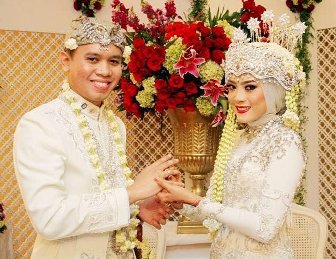 The wedding of Zahra and Chairul by Seserahan by Rose Arbor - 006