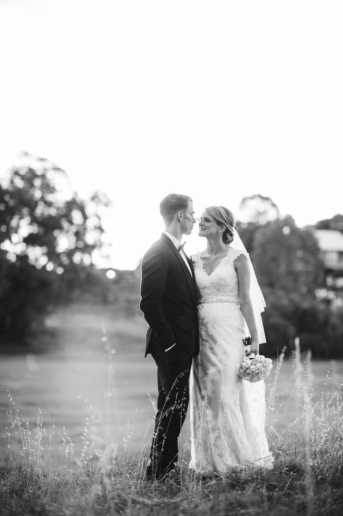 Hannah and James Wedding by iZO Photography - 017